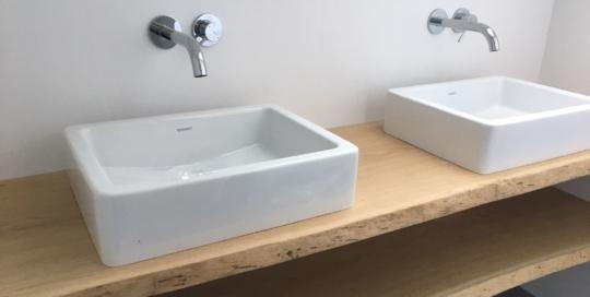 Modern wastafel meubel boomstam planken